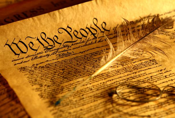 Neste dia, 17 de setembro: Aprovação da Constituição dos EUA