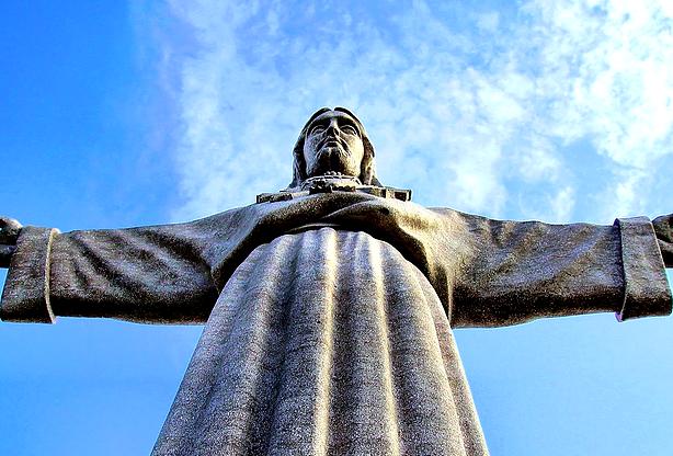 Neste dia, 17 de maio: Inauguração do Santuário Nacional de Cristo Rei
