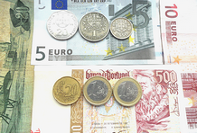 euros e escudos.