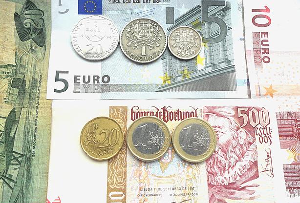 Neste dia, 1 de janeiro: Entrada do Euro em Portugal