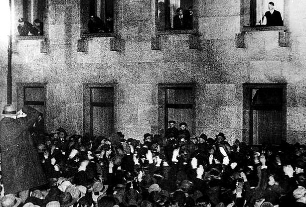 Neste dia, 30 de janeiro: Hitler sobe ao poder
