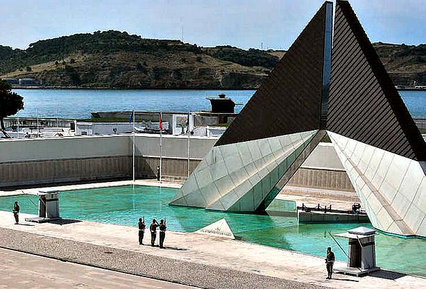 Neste dia, 15 de janeiro: Inauguração do Monumento dos Combatentes do Ultramar